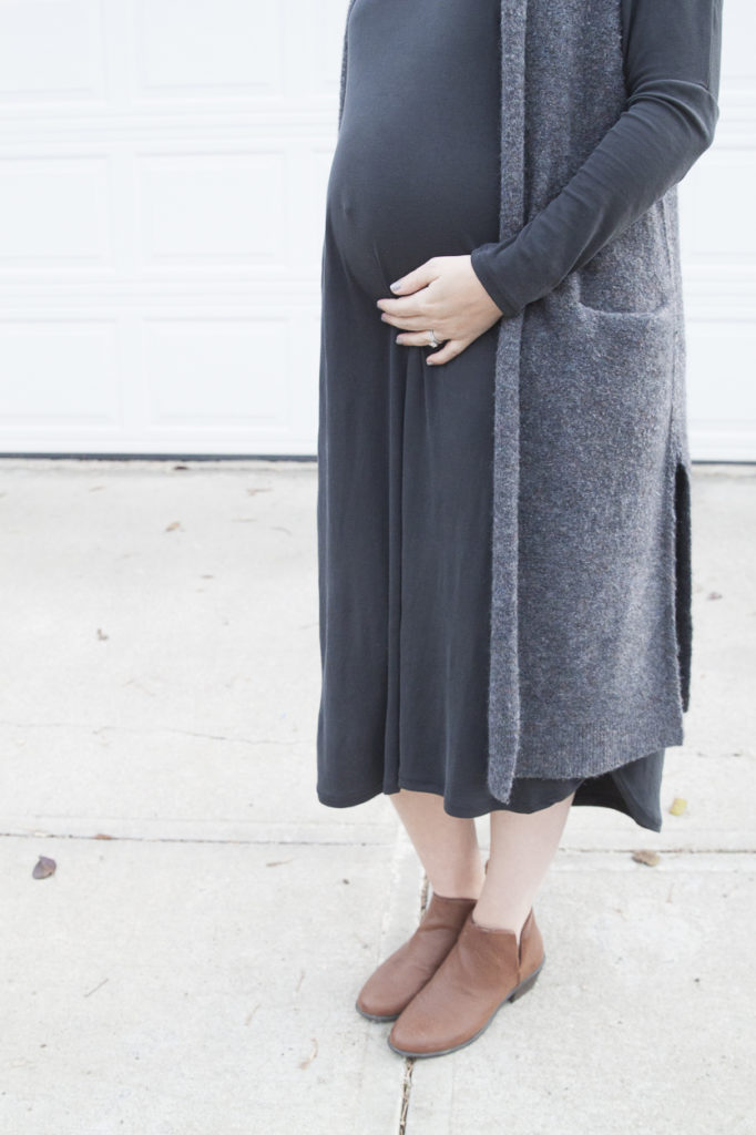 maternity style, fall fashion, midi dress, maternity midi dress