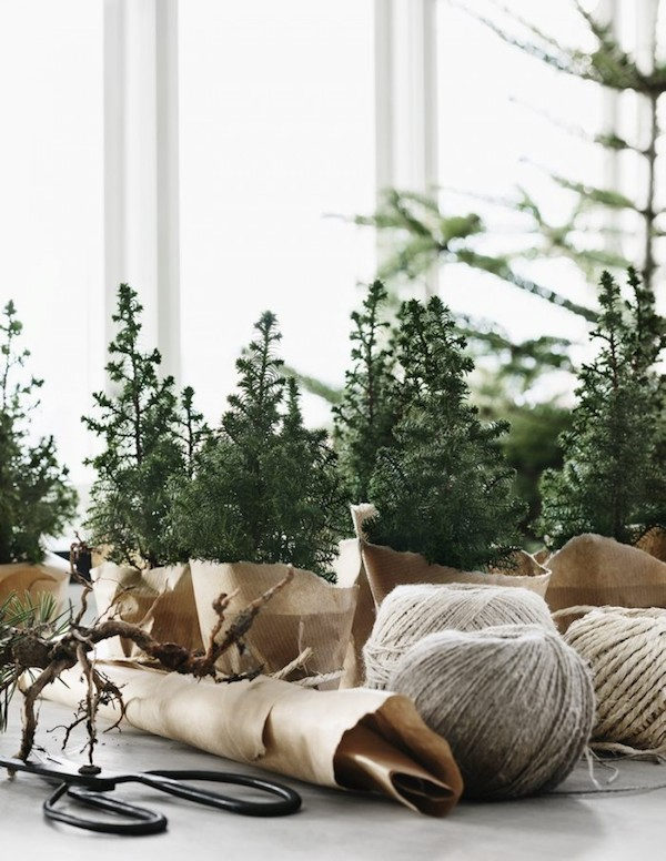 scandinavian diys scandinavian christmas minimalist christmas decor guide to scandinavian christmas design scandinavian diys - Nordic Style Christmas Decorations