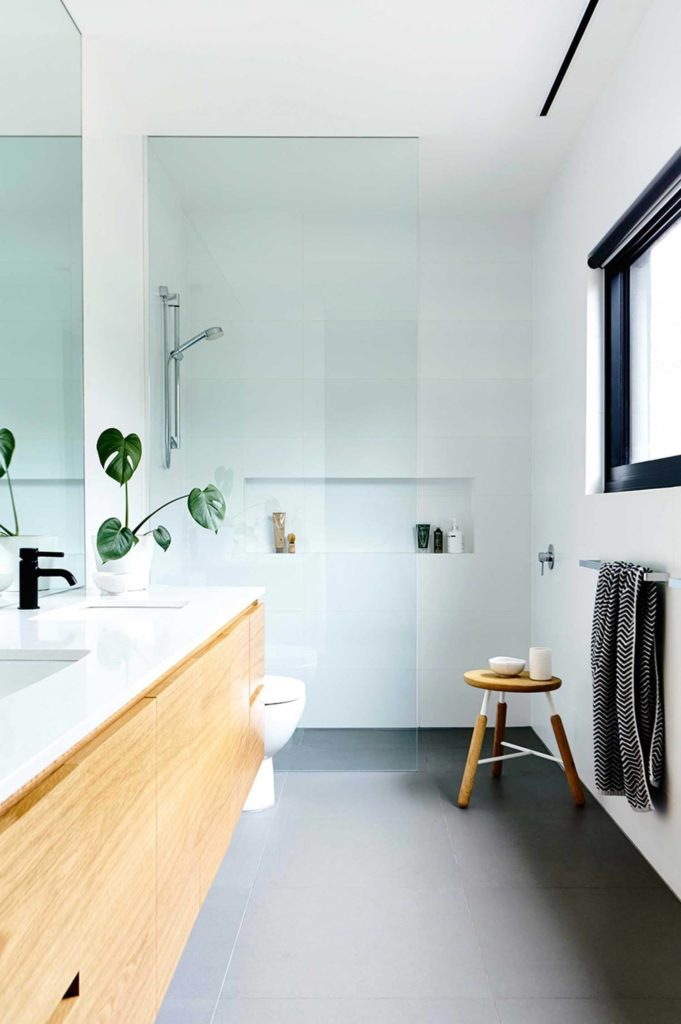 Mid century modern bathroom design inspo the best affordable black bathroom accessories Affordable modern bathroom design