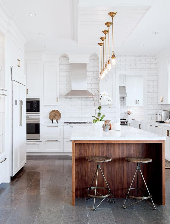 how to keep a white kitchen current