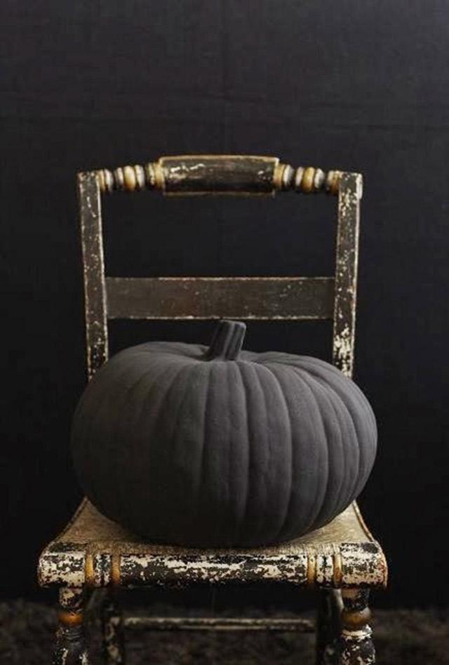 Chic Halloween Decor Tips - Kristina Lynne