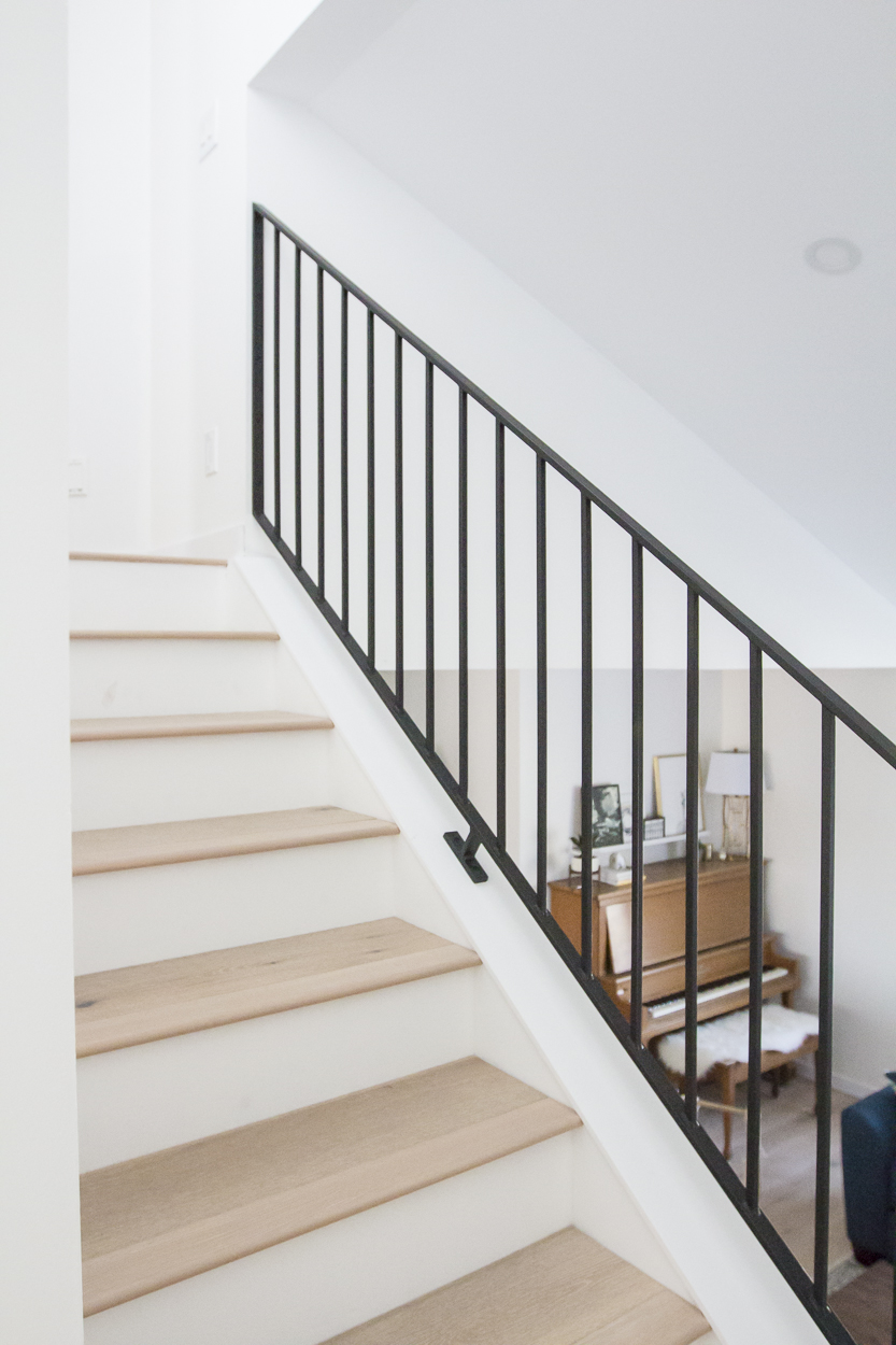 Metal Railings + A Sleek Staircase Design - Kristina Lynne